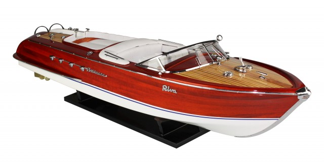 Riva Aquarama weiß 60 cm