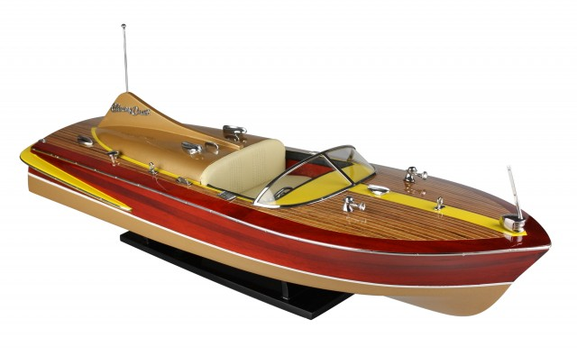 Chris Craft Cobra 60 cm