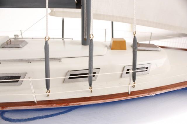 Segelyacht Bristol 70 cm